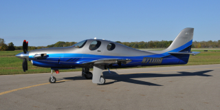 Lancair Evolution 001