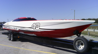 Outerlimits SV43 RaceBoat